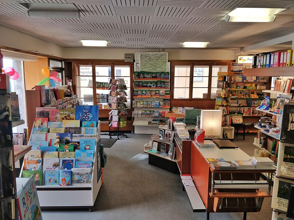 Buchhandlung Ebner von Oben
